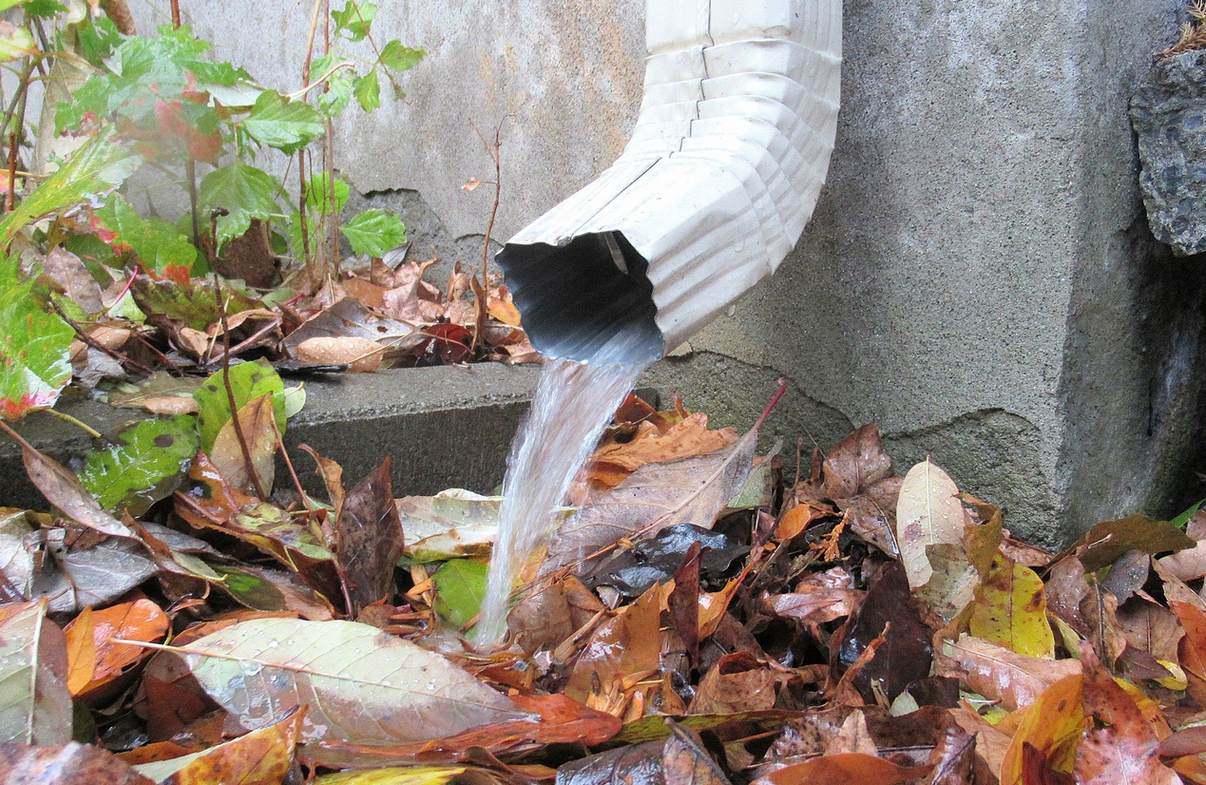 Downspouts 101: Understanding How Downspouts Work